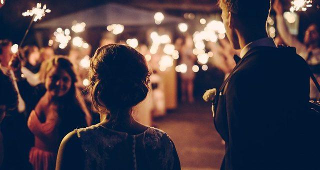 Jak wybrać oprawę muzyczną i fotografa ślubnego?