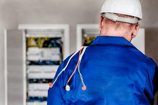 Łatwo wykonać podłączenia elektryczne w Poznaniu