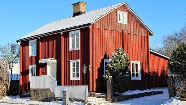Zamówienie domku drewnianego u producenta