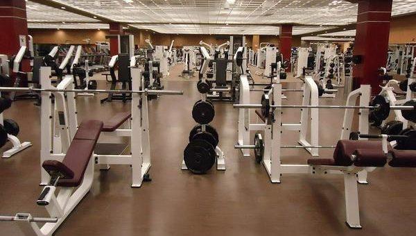 Tani i dobry sprzęt na siłownię